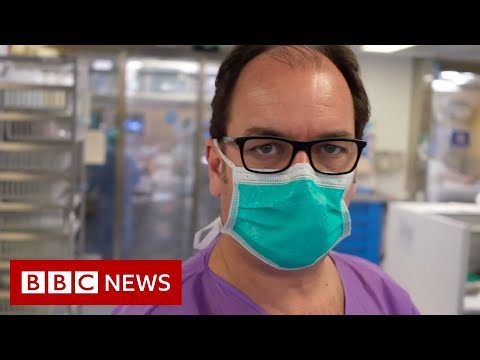 The staff battling coronavirus in a Barcelona ICU - BBC News