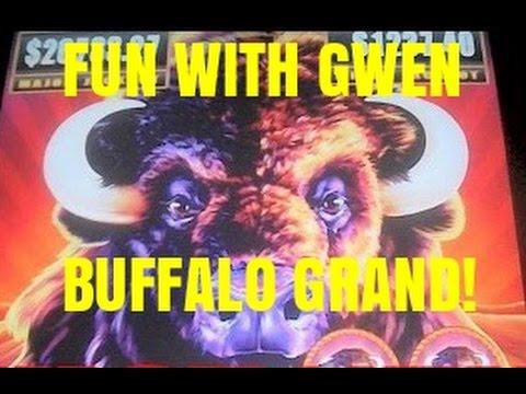 BUFFALO GRAND SLOT MACHINE-FUN WITH GWEN