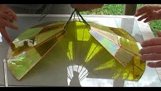 "Lampshade 3D assembly with ""string haul"" method. Stained glass."