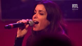 Aujourd'hui - Jenifer sur scène dans le Grand Studio RTL