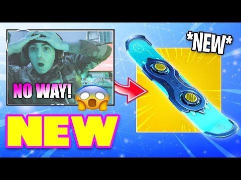 NEW UPDATE ! NEW SNOWBOARD IN GAME  !  EVENT ! (PS4 FORTNITE BATTLE ROYALE) thumbnail