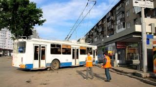 крутой разворот троллейбуса на Щорса, Екатеринбург