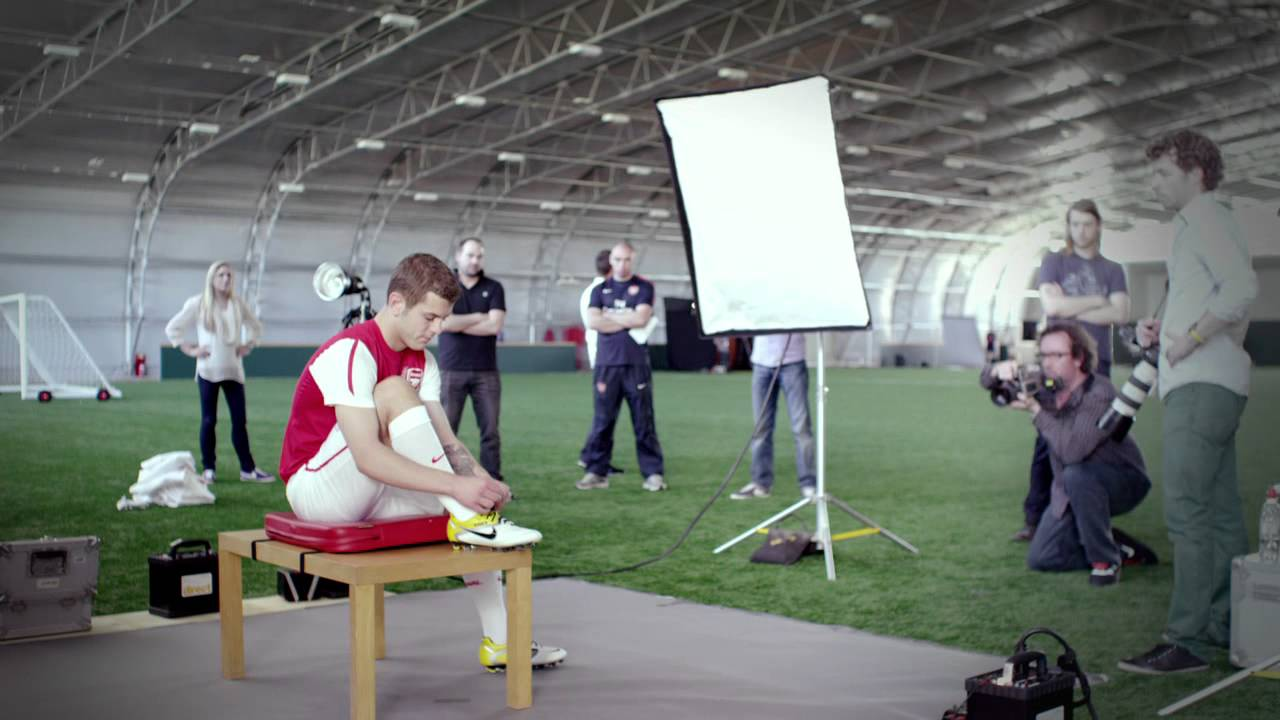 ba1b1d38c82 Arsenal Nike 2011 12 Home Kit Launch - YouTube