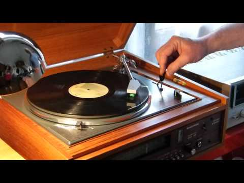 How to handle LP records (vinyl)