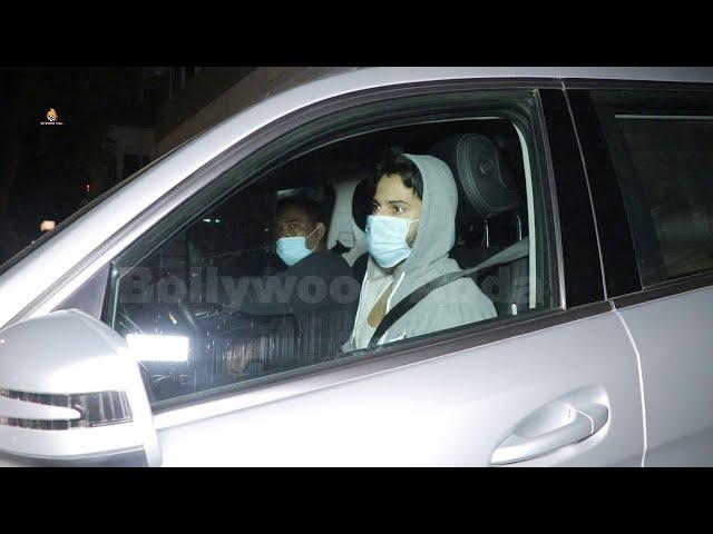 Varun Dhawan spotted at Bandra gym
