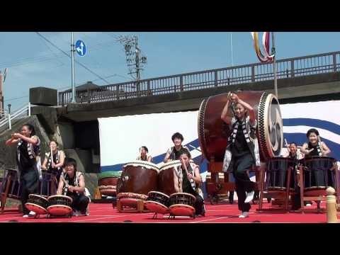 Taiko Performance near Isuzu River, Ise City, Mie Pref. (9/5/2010)