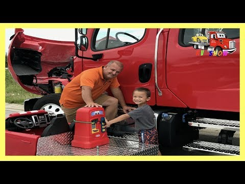 Thumbnail: Kruz Putting Fuel In A Freightliner Rollback Little Tikes Cozy Coupe Gas Pump