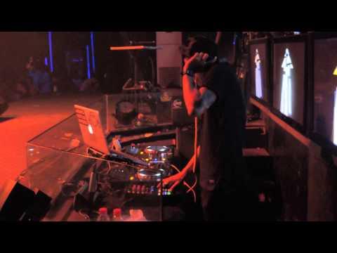 DJ  VICKY live At LIQUID CAFE JOGJA FRI  MAY  29 #1