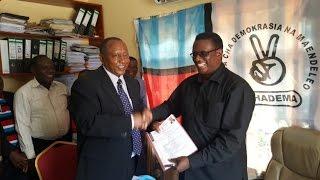 Waziri Mkuu mstaafu, Sumaye arejesha fomu za uenyekiti CHADEMA