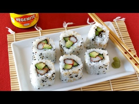 How to Make Beauty VEGEMITE Sushi Rolls (California Roll Recipe) 美容に嬉しいベジマイト寿司の作り方 (レシピ)