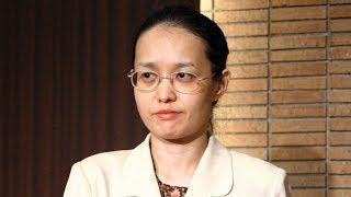 赤染晶子さんの芥川賞受賞会見(2010年撮影)