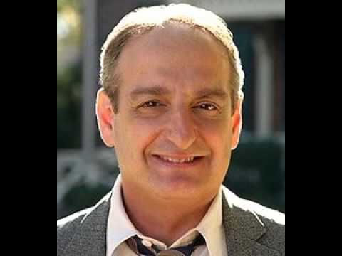 Fox, Fox, Squirrel  Additional Voices part 7: David Paymer