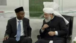 Huzoor's Meeting With Khuddam-ul-Ahmadiyya Students - Part 8