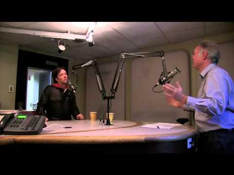 An interview with Rufus Wainwright at KIRO Radio