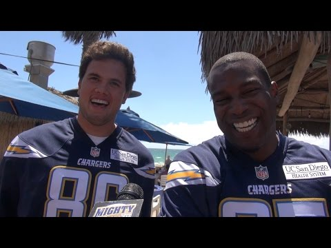 Antonio Gates & Hunter Henry on mtg each other, Rivers & SD Super Charger song