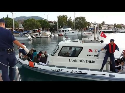 تركيا تحتجز 330 مهاجرا كانوا يحاولون العبور إلى اليونان  - نشر قبل 2 ساعة