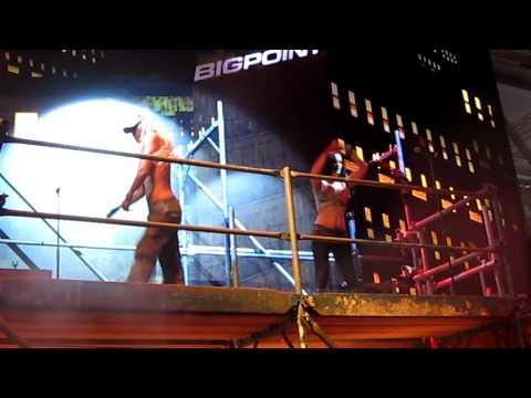 Gamescom 2010 - BigPoint -  Dancing part 2