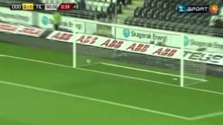 57メートルのヘディングシュート=ノルウェー・サッカー thumbnail