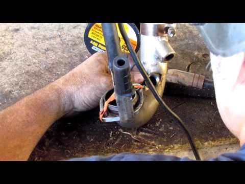 O2 Sensor Bolt Stripped from YouTube · Duration:  34 seconds