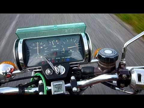 Suzuki Re5 on the road