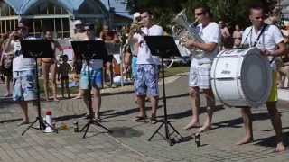 Happy Street Band - Killing Me Softly, What Is Love, Take On Me egyveleg