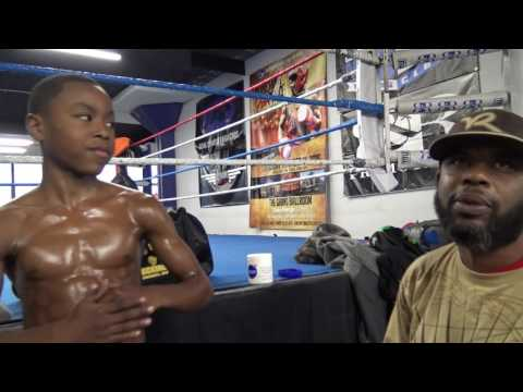 funny little kid trying to move just like adrien broner shares what broner says in sparring