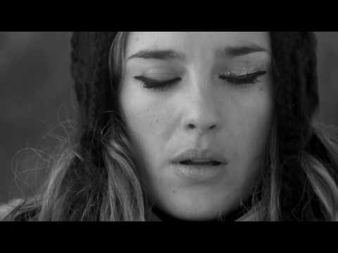 Клип Jess Mills - Silent Space