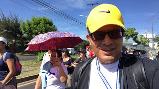 En plena peregrinación con Mons Romero para construir la Paz