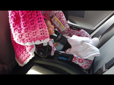 Disney minnie mouse car seat how to install with base