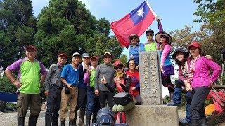 位於南投和花蓮交界的奇萊南峰和南華山(又稱能高北峰)是台灣最容易親...