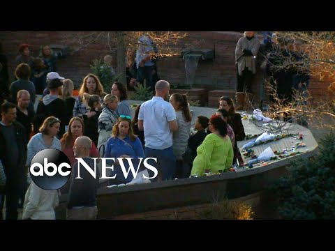 Somber anniversary of massacre at Columbine High School