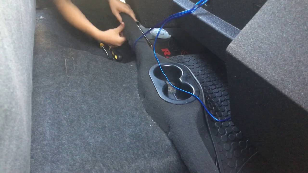New sub box for my Dodge ram - YouTube