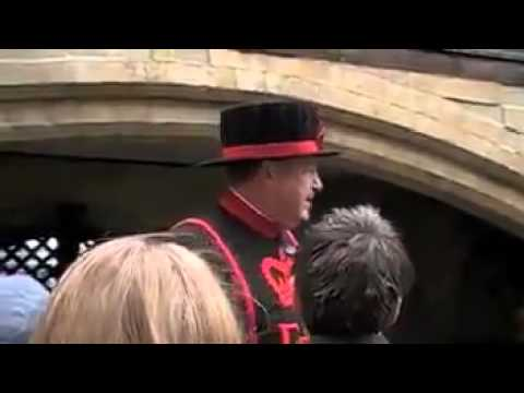 Funny Tower of London Beefeater tour guide