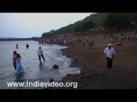 Khadakwsala dam or Chowpaty of Pune
