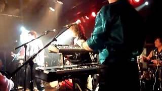 JONA LEWIE Seaside Shuffle with the GLITTER BAND Dingwalls Camden 2010