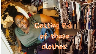 Cleaning out my closet | Clean With Me!