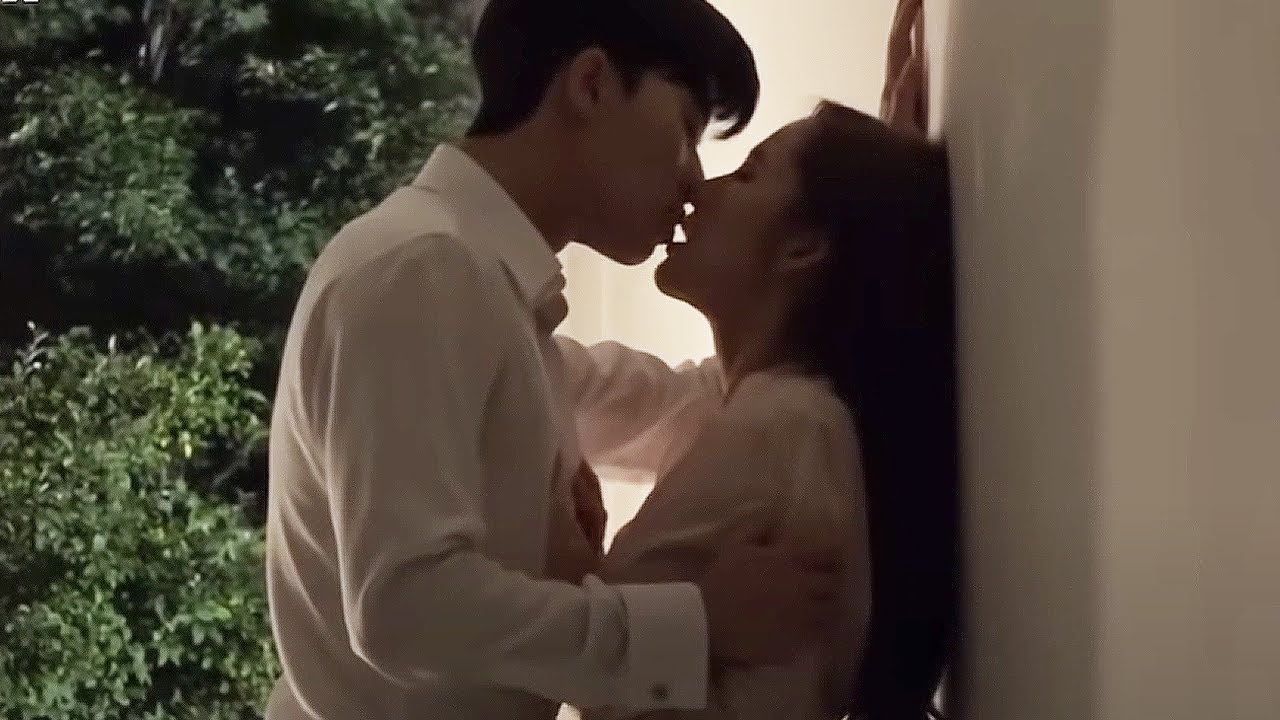 Park Seo Joon❤Park Min Young Legendary Kiss Scene Behind♨ [What's Wrong with Secretary Kim]