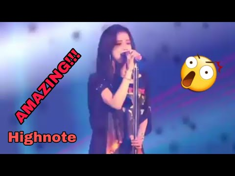 JISOO CAN'T SING? WATCH THIS!!! - AMAZING HIGHNOTE COVER CLARITY - In Your Area Concert Seoul !!!