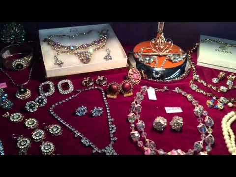 Vintage rhinestone jewelry lot 2/2016