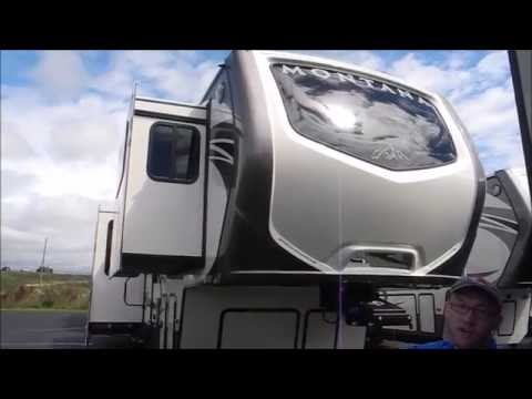 Sold i94rv com 2017 keystone montana 3710fl front living - Front living room fifth wheel used ...