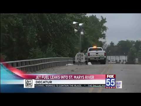 Pipeline fails, leaks jet fuel into St. Marys River in Decatur