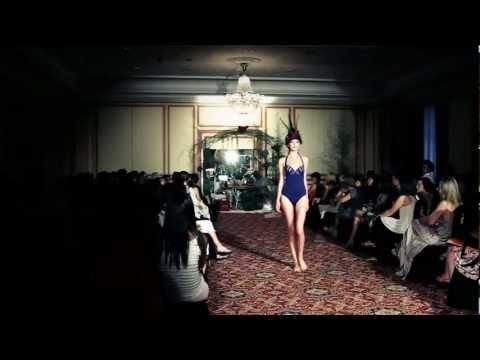Culture et Couture / Jean Paul Gaultier & La Perla fashion show