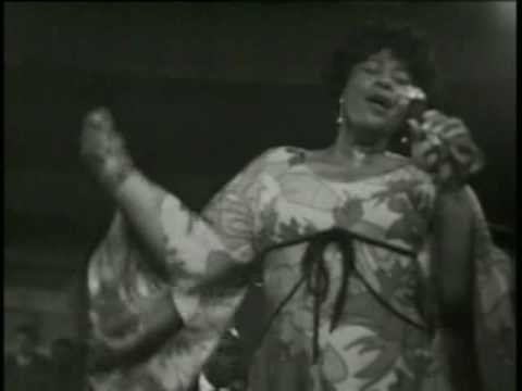 Ella Fitzgerald - Well Alright Okay You Win (Live At Montreux 1969)