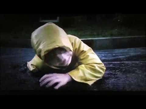 PAYASO PENNYWISE MATA A GEORGIE (Georgie Death) IT 2017
