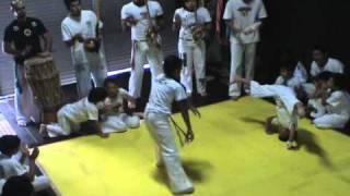 Capoeira kids cam B Batizado Corrente Negra 11/11/2007