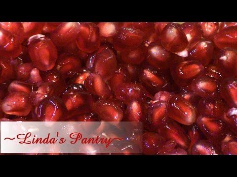 ~How To Seed A Pomegranate With Linda's Pantry~