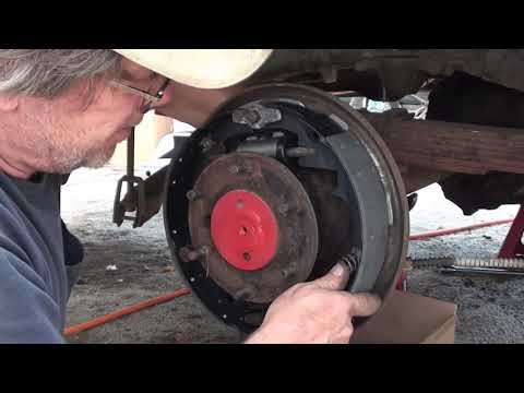 1958 GMC Resurrection Part 6 Brakes and Differential