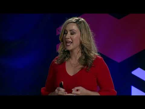 How to use Quantum Physics to Make Your Dreams Your Reality | Suzanne Adams | TEDxUNO