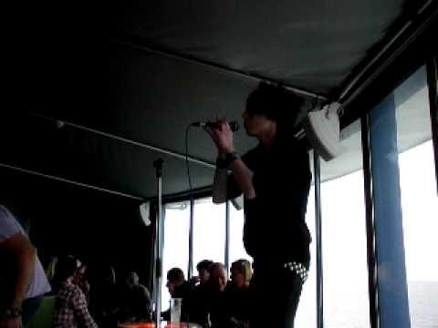 XxMarcuZx sjunger Karaoke 1 New Divide