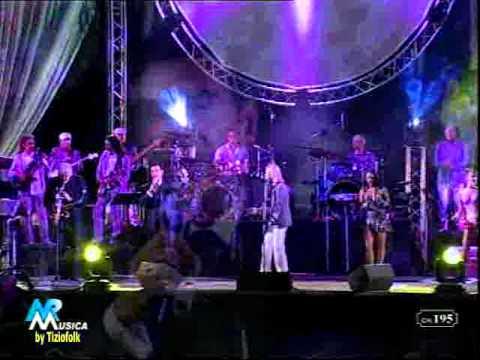 ROMAGNA E SANGIOVESE e LA CANTA cantate da Mauro Ferrara  orchestra GRANDE EVENTO dal bagno 3 Massimo di Gatteo Mare